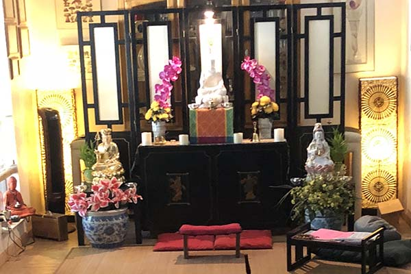Budding Dharma Zen Buddhist Temple alter